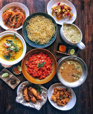 Foto 1 - Makanan di Sulawesi@Mega Kuningan oleh Astrid Huang | @biteandbrew