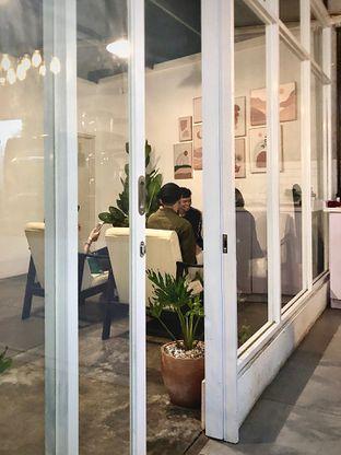 Foto 5 - Interior di Hailee Coffee oleh Fadhlur Rohman