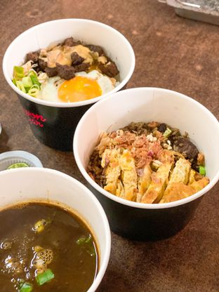 Foto review Rawon Bar oleh Makan2 TV Food & Travel 8