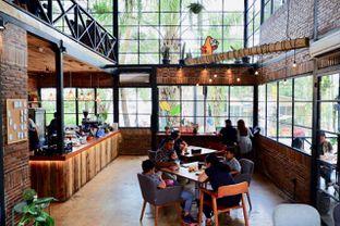 Foto 13 - Interior di Finch Coffee & Kitchen oleh yudistira ishak abrar
