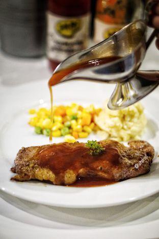 Foto 3 - Makanan di Yells Steak oleh Nanakoot