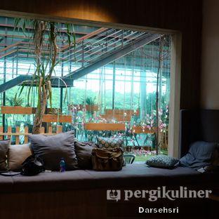 Foto 8 - Interior di Hygge Coffee oleh Darsehsri Handayani