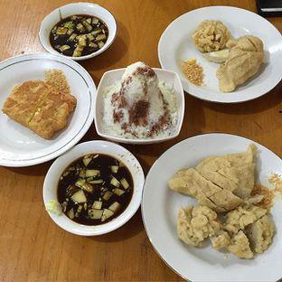 Foto 2 - Makanan di Pempek Apy oleh Selli Yang