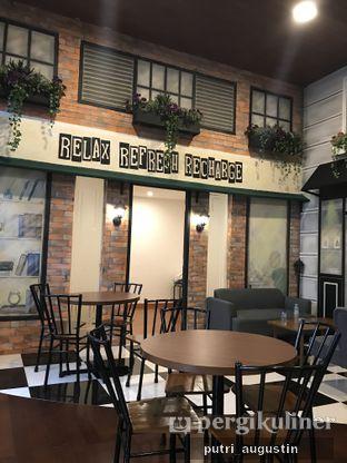 Foto 2 - Interior di Winners Coffee oleh Putri Augustin