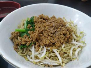 Foto 2 - Makanan di Bakmi Aliang Gg. 14 oleh Chris Tan