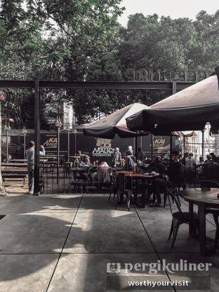 Foto 5 - Eksterior di Loko Cafe oleh Kintan & Revy @worthyourvisit