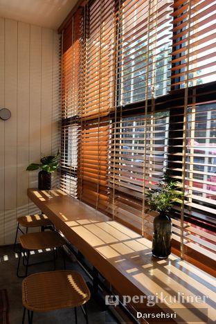 Foto 4 - Interior di Woodpecker Coffee oleh Darsehsri Handayani