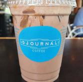 Foto Iced Salted Caramel Chocolate di Djournal Coffee