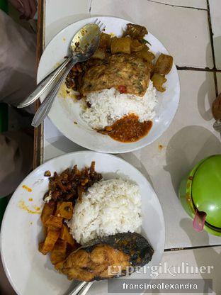 Foto 3 - Makanan di Warteg Gang Mangga oleh Francine Alexandra