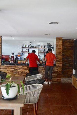Foto 21 - Interior di Hidden Haus Coffee & Tea oleh yudistira ishak abrar