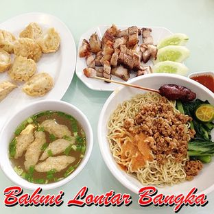 Foto 28 - Makanan di Bakmi Lontar Bangka oleh Santoso Gunawan