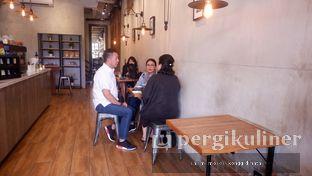 Foto 7 - Interior di Dancing Goat Coffee Co. oleh Oppa Kuliner (@oppakuliner)