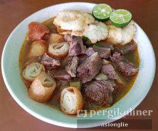 Foto 1 - Makanan di Soto Mie Daging Sapi oleh Asiong Lie @makanajadah