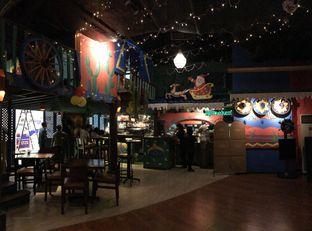 Foto 12 - Interior di Amigos Bar & Cantina oleh FebTasty  (Feb & Mora)