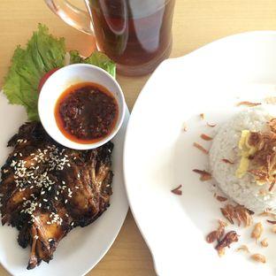 Foto review Ayam Tulang Lunak Hayam Wuruk oleh Yulia Amanda 1