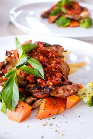 Foto 2 - Makanan di Cecemuwe Cafe and Space oleh Duolaparr
