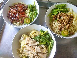 Foto 9 - Makanan di Bakmi Lontar Bangka oleh Santoso Gunawan