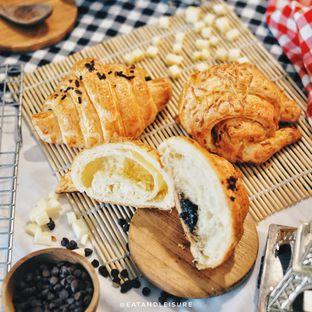 Foto 3 - Makanan di French Bakery oleh Eat and Leisure