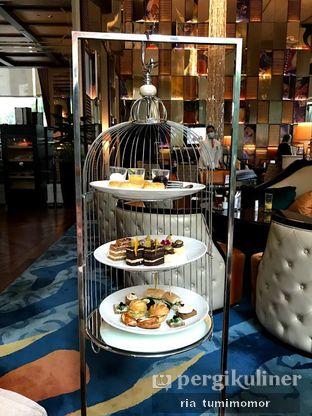 Foto 1 - Makanan di The Writers Bar - Raffles Jakarta Hotel oleh riamrt