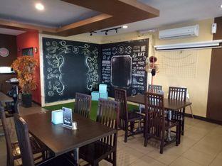 Foto 2 - Interior di RAY'S Steak & Grill oleh Namira