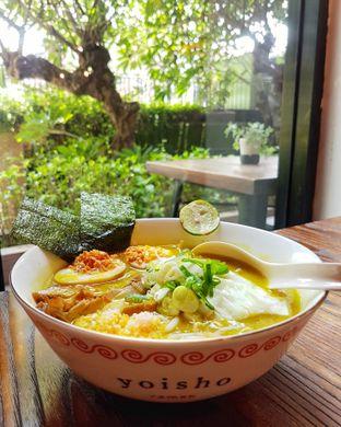Foto 4 - Makanan(Kuro Soto) di Yoisho Ramen oleh Gembuli Tan