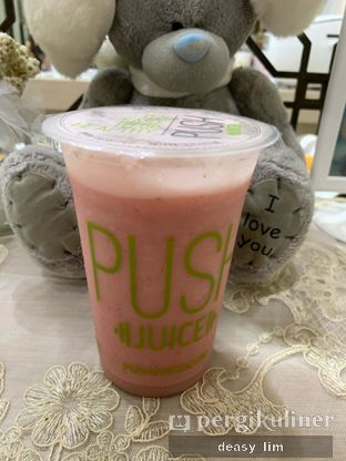 Foto 1 - Makanan di PUSH Juice oleh Deasy Lim