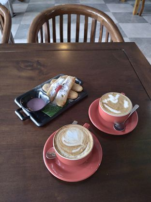 Foto review D'Juntos Coffee n' Kitchen oleh Prido ZH 22