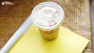 Foto 2 - Makanan(Es Kopi Susu) di Hola! Koffie oleh @demialicious