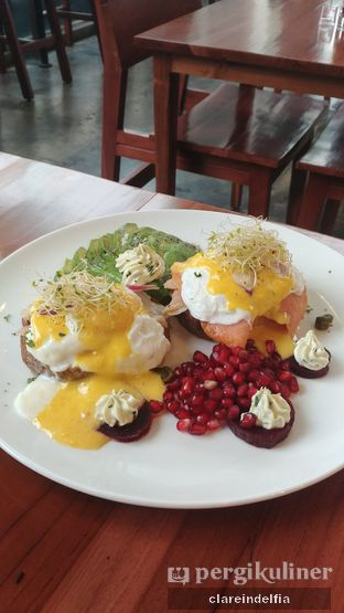 Foto review Poach'd Brunch & Coffee House oleh claredelfia  1