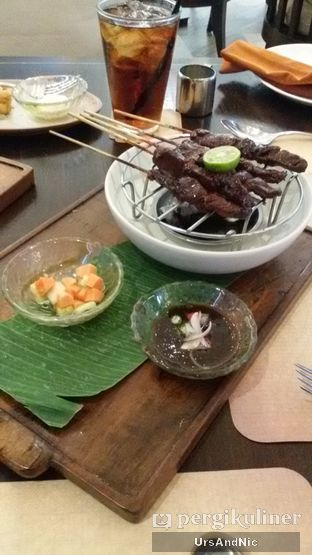 Foto 2 - Makanan(Beef satay kota gede) di Seribu Rasa oleh UrsAndNic