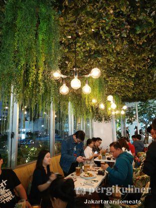 Foto 6 - Interior di Gram Cafe & Pancakes oleh Jakartarandomeats