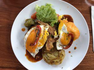 Foto 3 - Makanan(texan brunch) di Poach'd Brunch & Coffee House oleh Budi Lee