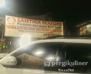 Foto 2 - Eksterior di Santiga Seafood oleh Tissa Kemala