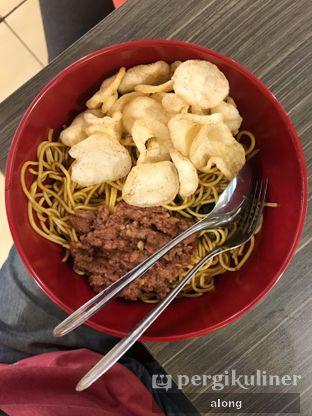 Foto 1 - Makanan(MIEBOL HITAM + KORNET) di Mibol oleh #alongnyampah