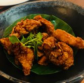 Foto ayam goreng terasi di Penang Bistro