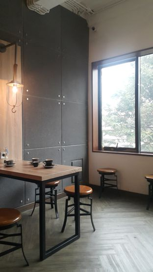 Foto 3 - Interior di Say Something Coffee oleh Chintya huang