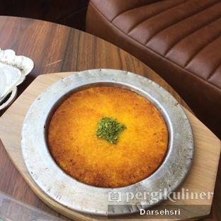 Foto 15 - Makanan di Mardin Baklava Patisserie oleh Darsehsri Handayani