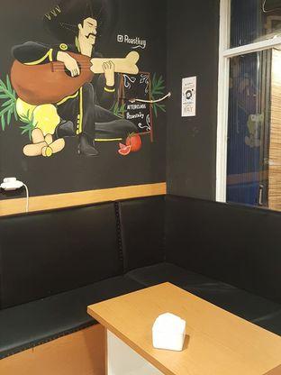 Foto 11 - Interior di Roastkuy oleh Stallone Tjia (Instagram: @Stallonation)