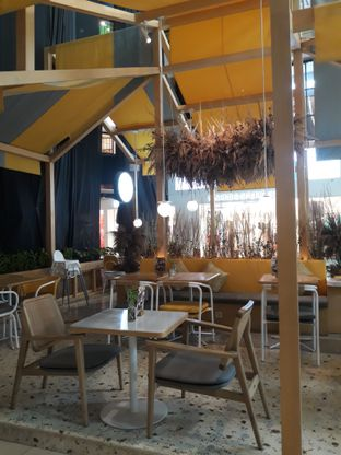 Foto 3 - Interior di Social Affair Coffee & Baked House oleh Mouthgasm.jkt