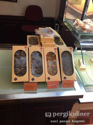 Foto review Holland Bakery oleh Suci Puspa Hagemi 10