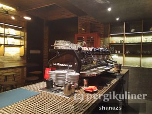 Foto 7 - Interior di Nitro Coffee oleh Shanaz  Safira
