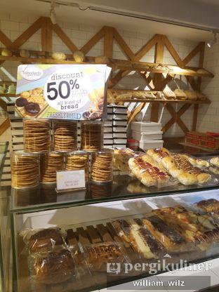 Foto review Tomodachi Bakery Corner oleh William Wilz 7
