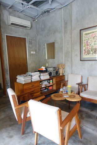Foto 7 - Interior di Pomato Coffee oleh inggie @makandll