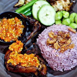Foto 1 - Makanan di Mamadar Ayam Kaser oleh Doctor Foodie