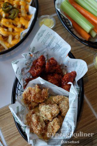 Foto 3 - Makanan di Wingstop oleh Darsehsri Handayani
