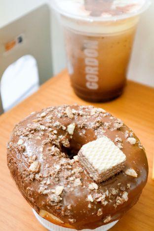 Foto review Gordon Donuts & Coffee oleh thehandsofcuisine  1