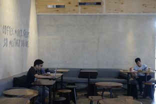 Foto 9 - Interior di Crematology Coffee Roasters oleh yudistira ishak abrar