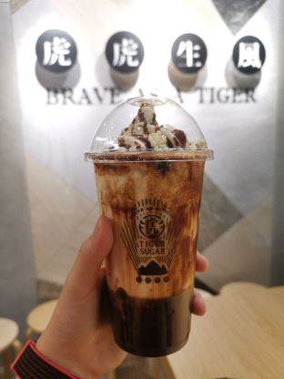 Foto - Makanan(Brown sugar boba with Hersey ) di Tiger Sugar oleh Angela Debrina