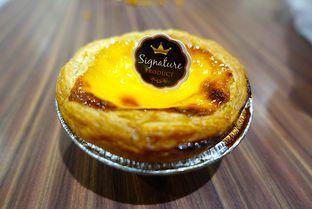 Foto 5 - Makanan di Golden Egg Bakery oleh iminggie