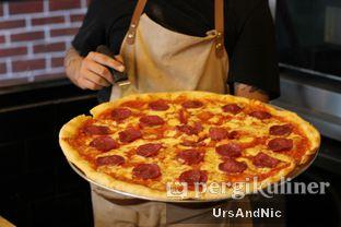 Foto 1 - Makanan di Sliced Pizzeria oleh UrsAndNic